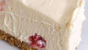 Pokud držíte dietu, tento cheesecake je přímo pro vás! Neobsahuje mouku, cukr, v